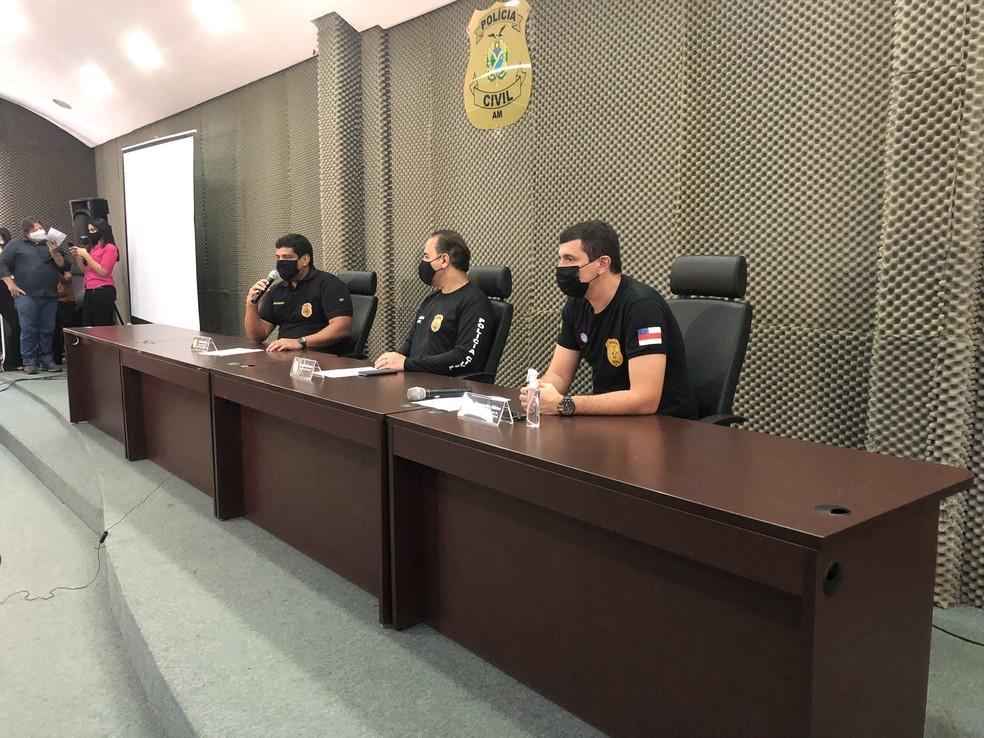 Delegado detalhou como suspeitos agiam. — Foto: Matheus Castro/G1 AM