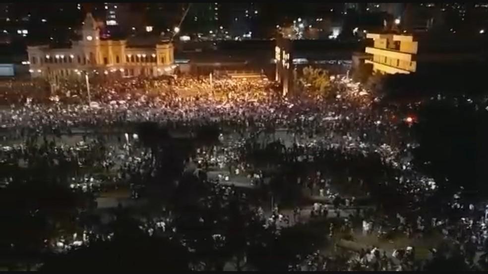 Multidão da Praça da Estação no Show da cantora Marília Mendonça — Foto: Reprodução/TV Globo