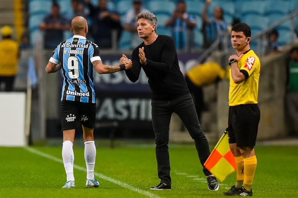 Renato Gaúcho viu mais uma atuação de luxo do Grêmio — Foto: Vinícius Costa/BP Filmes