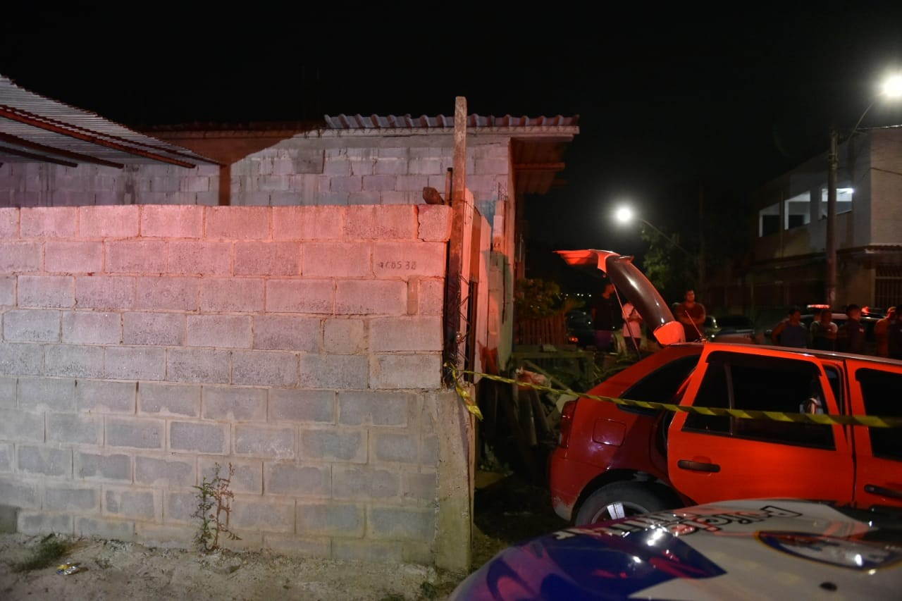Chacina deixa 5 mortos durante churrasco em Vila Velha, ES