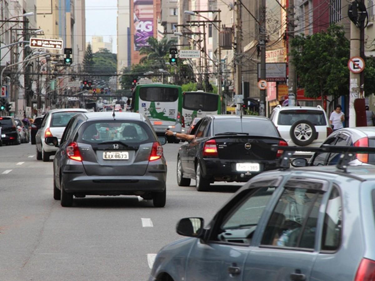 Emdec libera estacionamento na região central durante compras de Natal em Campinas; veja horários