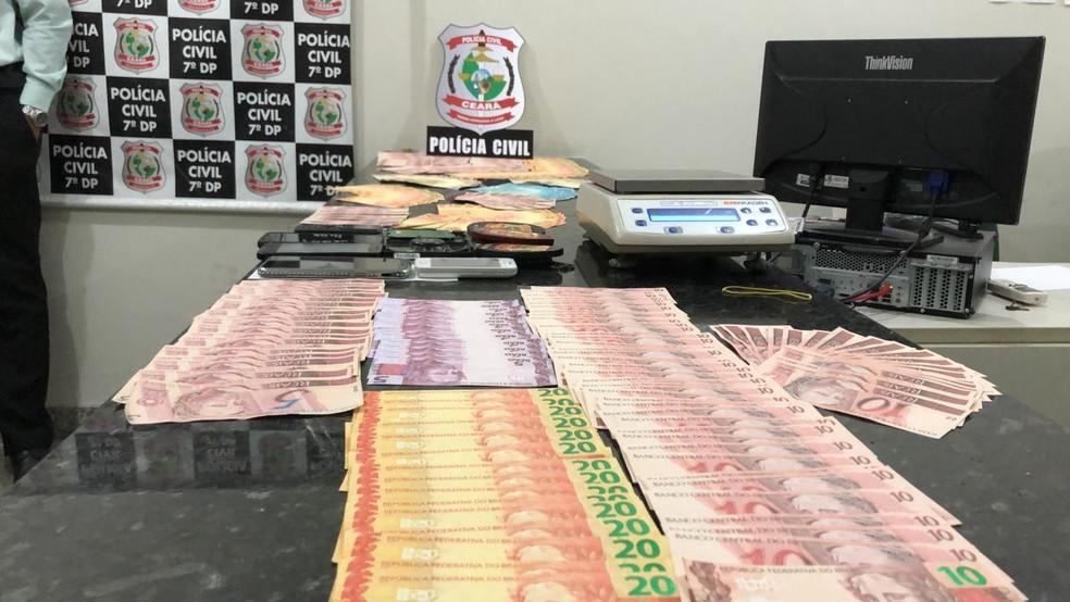 Homem é preso suspeito de comprar e revender dinheiro falso em Fortaleza — Foto: (Foto: Paulo Sadat/Sistema Verdes Mares)