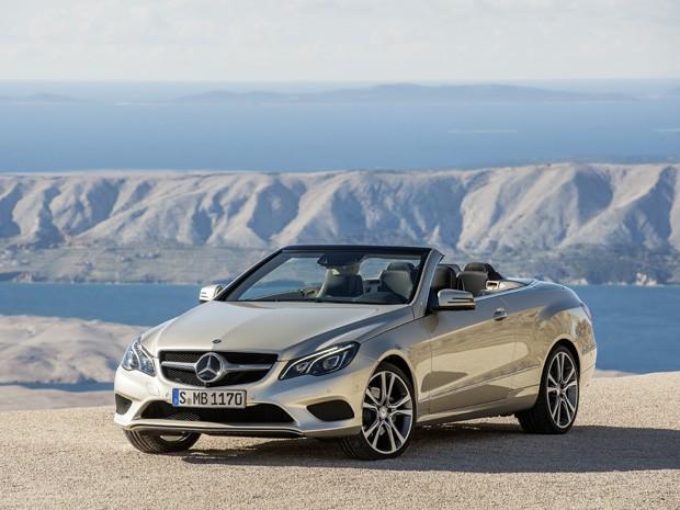 Sedã Mercedes custa R$ 333.900 (Foto: Divulgação)