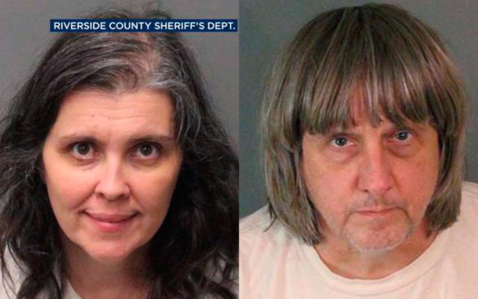 Louise Anna Turpin e David Allen Turpin, presos pela polícia e acusados de acorrentar e privar de comida seus 13 filhos, na Califórnia (Foto: Riverside County Sheriff's Department via AP)