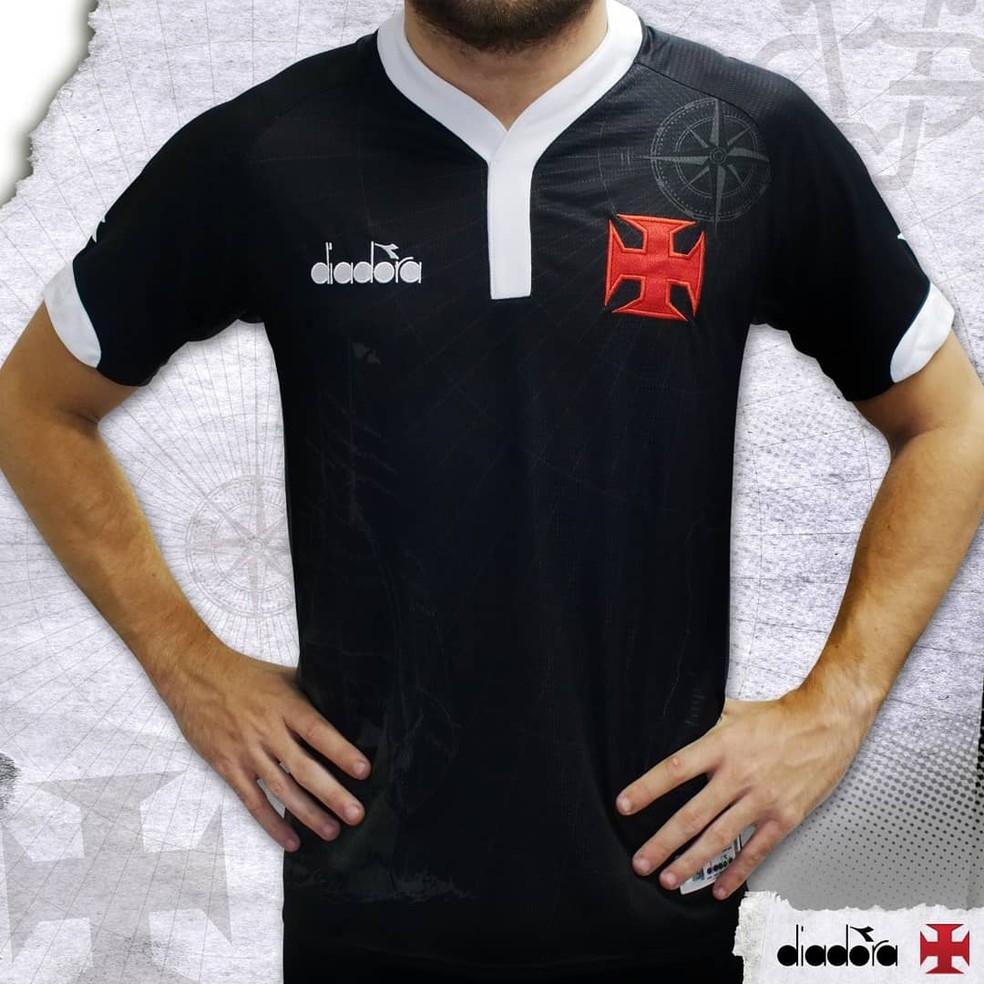 Nova camisa 3 do Vasco — Foto  Reprodução Twitter 4a7f81a0fd45b