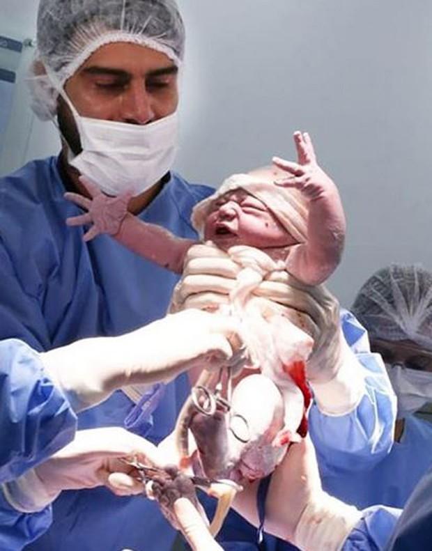 Radamés assistiu ao parto do seu primeiro filho Matheus  (Foto: Fabíola Schmidt)
