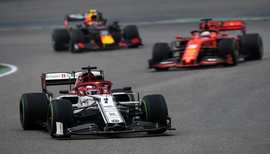Dupla da Alfa Romeo é punida; Hamilton sobe para 9º, e Kubica herda primeiro ponto da Williams