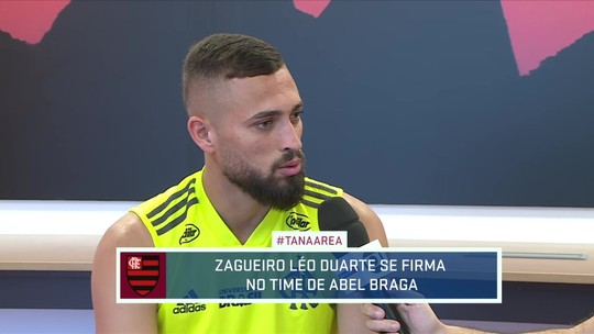 """Com """"maratona"""" pela frente no Flameno, Léo Duarte avisa: """"Todo jogador quer jogar essas decisões"""""""