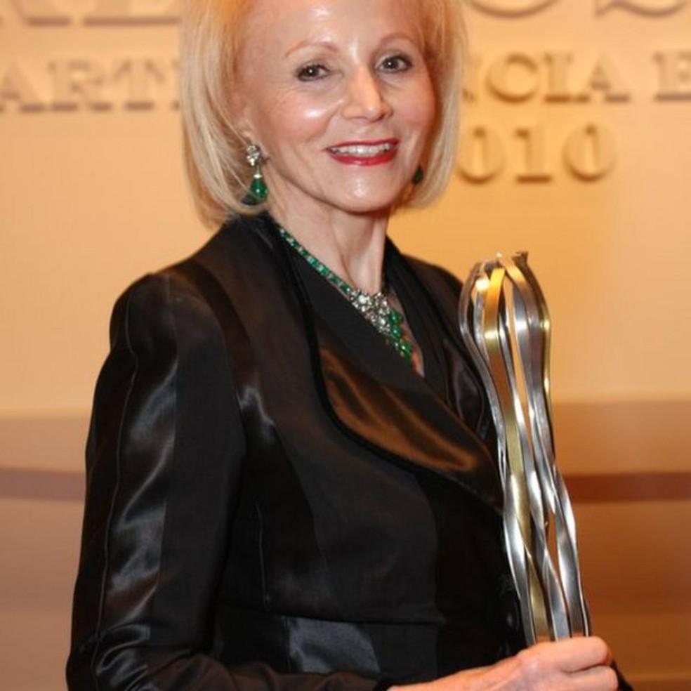 Médica já ganhou mais de 50 prêmios, nacionais e internacionais ao longo da carreira — Foto: Arquivo pessoal