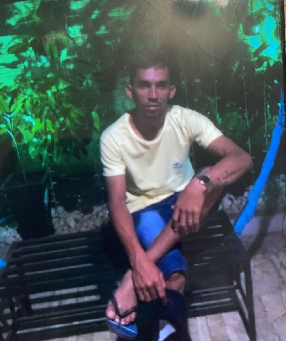 Johonigelison Feitosa de Oliveira foi morto com um tiro na cabeça em Altos, no Piauí — Foto: Reprodução