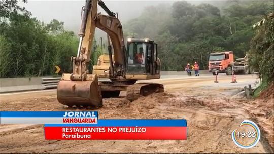Interdição na rodovia dos Tamoios já dura mais de 80 horas