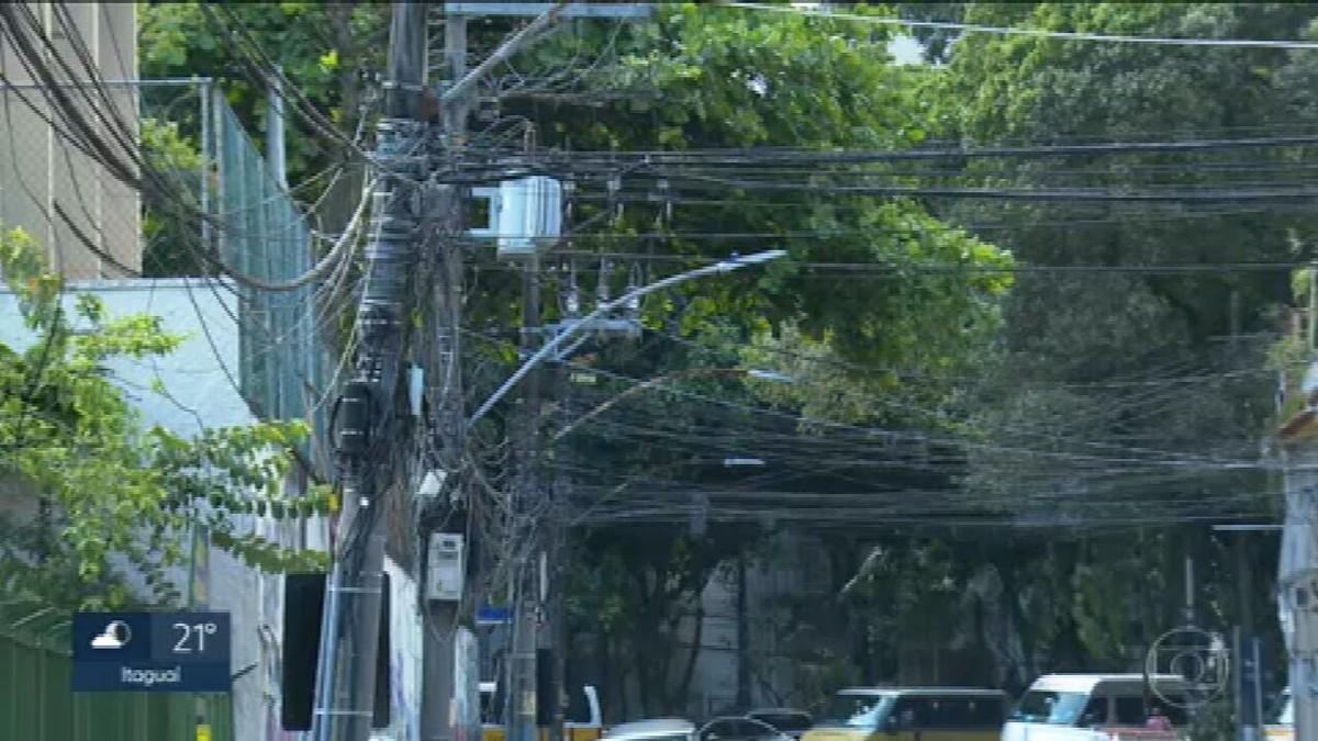 Projeto que prevê aterramento de fiação no município do Rio completa 10 anos sem se concretizar
