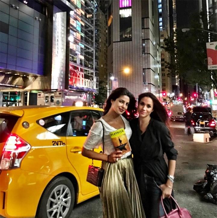 Priyanka Chopra e Meghan Markle (Foto: Reprodução/Instagram)