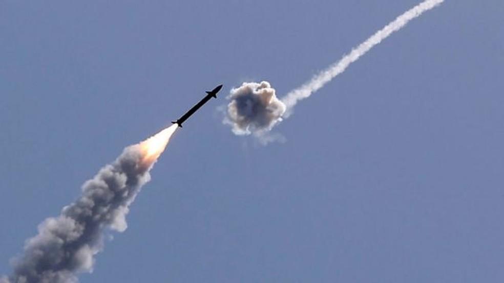 Os ataques balísticos das últimas horas revelaram mais uma vez o poder da Cúpula de Ferro de Israel — Foto: Getty Images/BBC