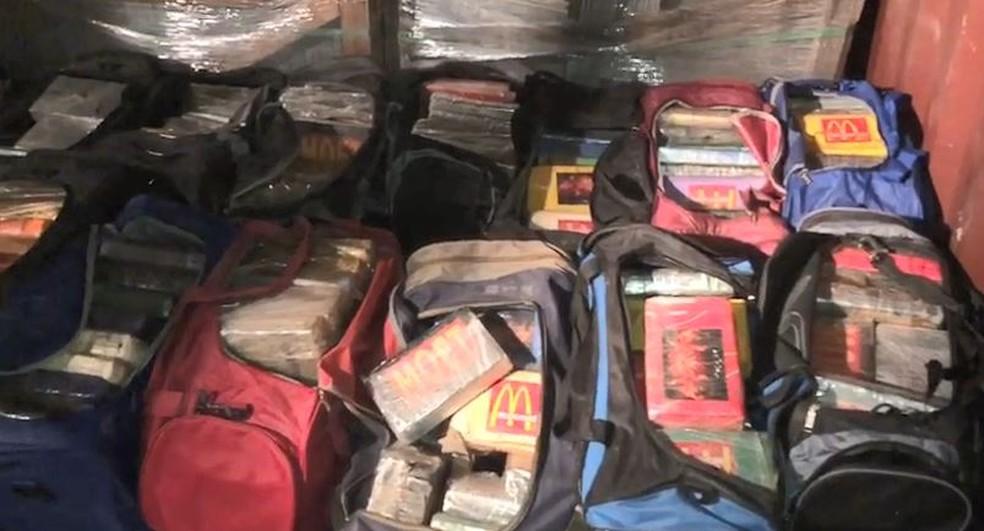 Drogas é apreendida pela polícia nesta quinta-feira (Foto: Divulgação/Polícia Civil)