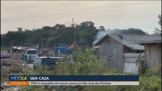 ONG é impedida de erguer casas novas para moradores de área de preservação, em São José dos Pinhais