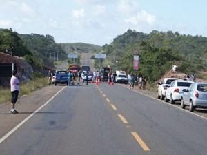 Acidente no Litoral Norte Bahia (Foto: GraerPM/Divulgação)