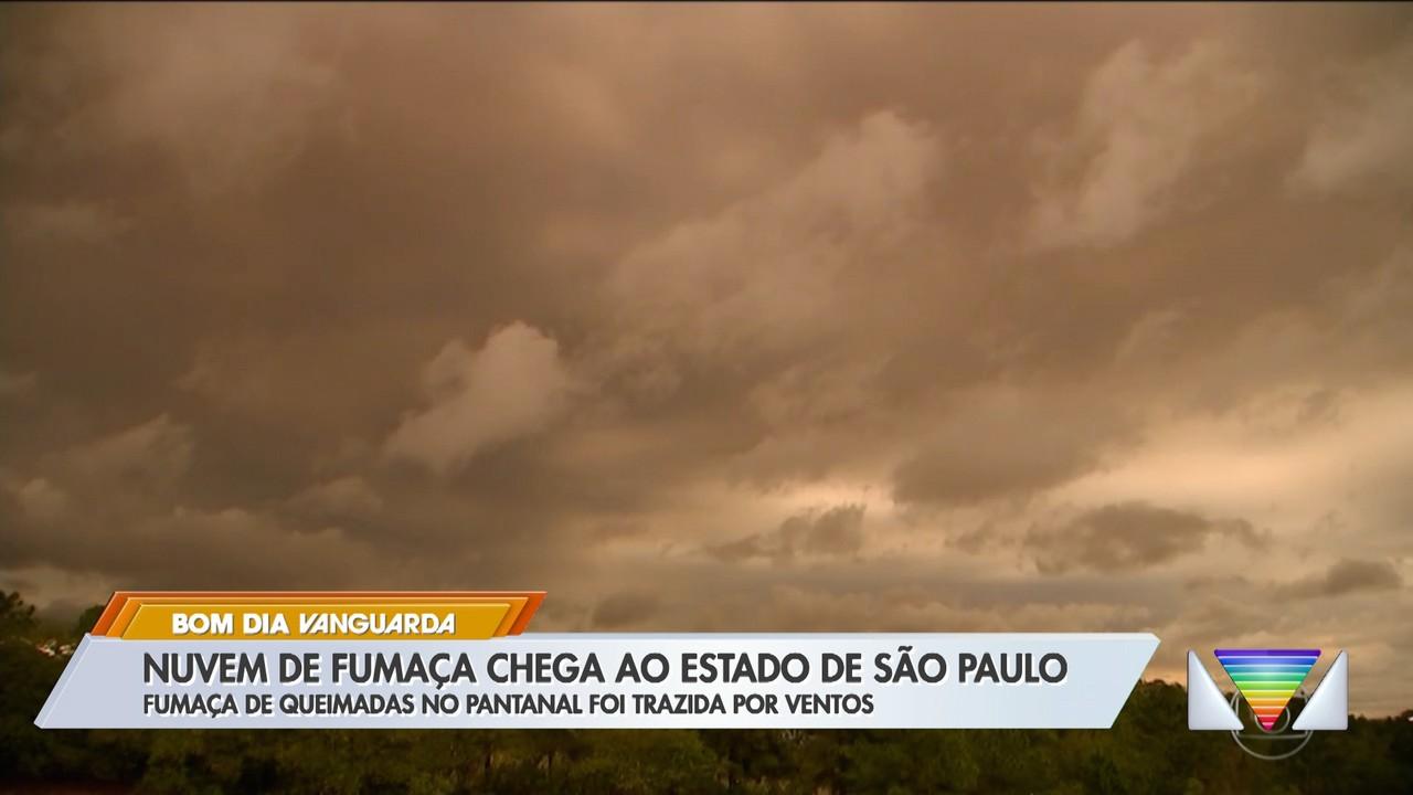 Nuvem de fumaça chega ao estado de São Paulo