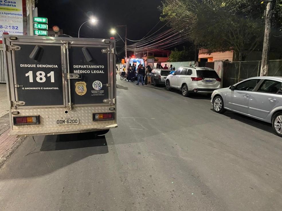 Criança morre ao ser atropelada por ônibus em Linhares, ES— Foto: Caio Dias/ TV Gazeta