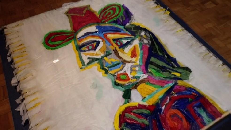 Recriação de obra de Pablo Picasso pelo artista Eduardo Srur— Foto: Reuters
