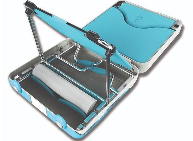 Ferramentas de parto e para limpeza também acompanham o objeto (Foto: Designboom/ Reprodução)
