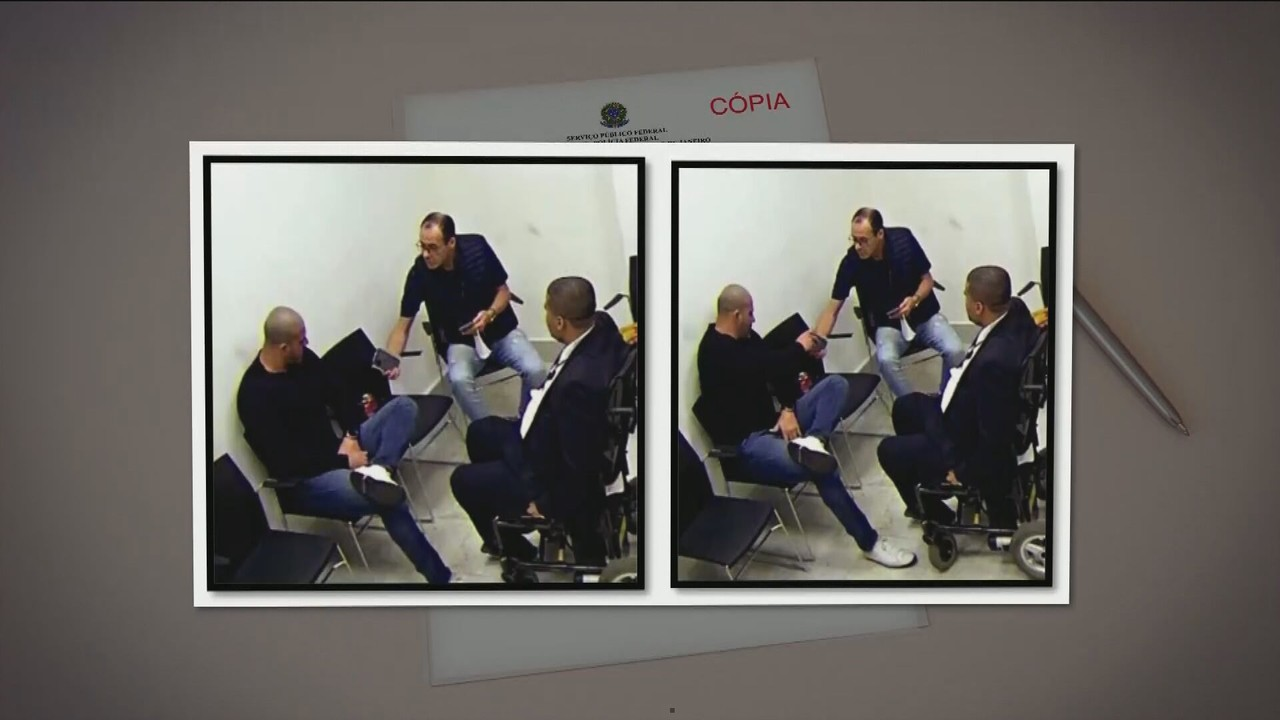 PF diz que Daniel Silveira recebeu celulares de dois assessores na prisão