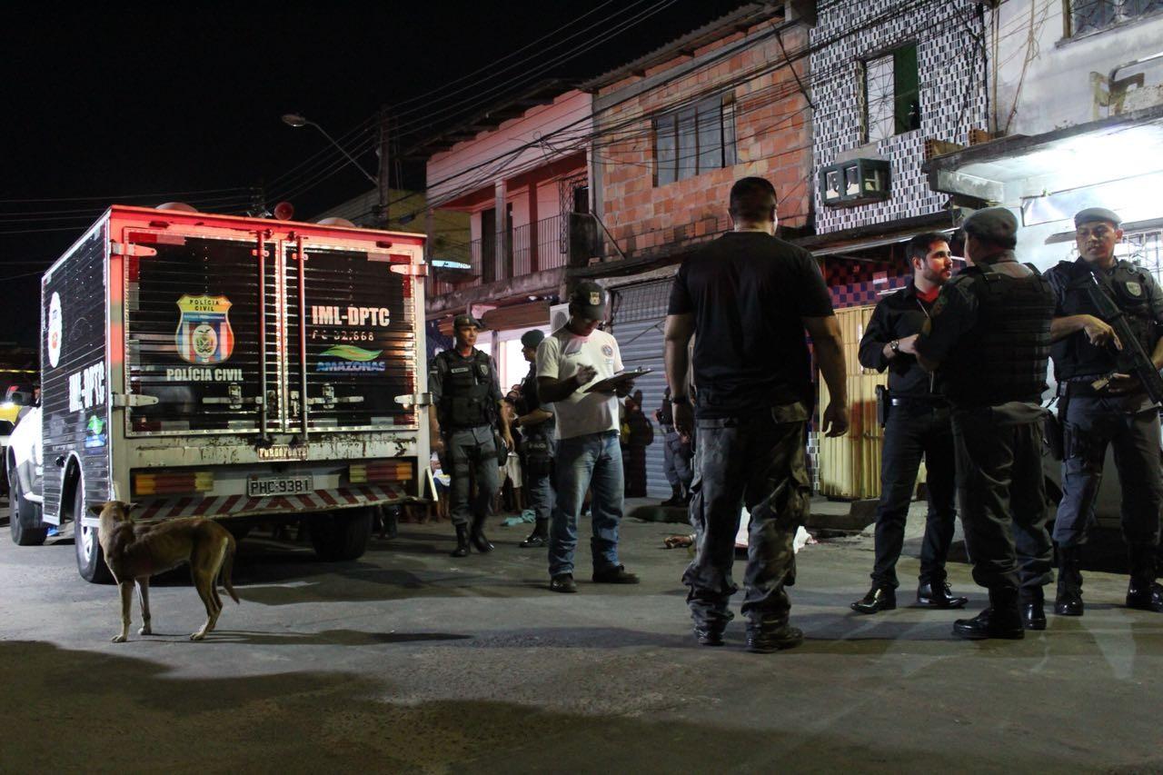 Homem é morto com mais de 10 tiros na Zona Leste de Manaus