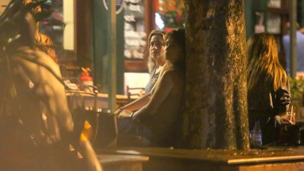 Priscila Montandon e Fernanda Gentil (Foto: AgNews)