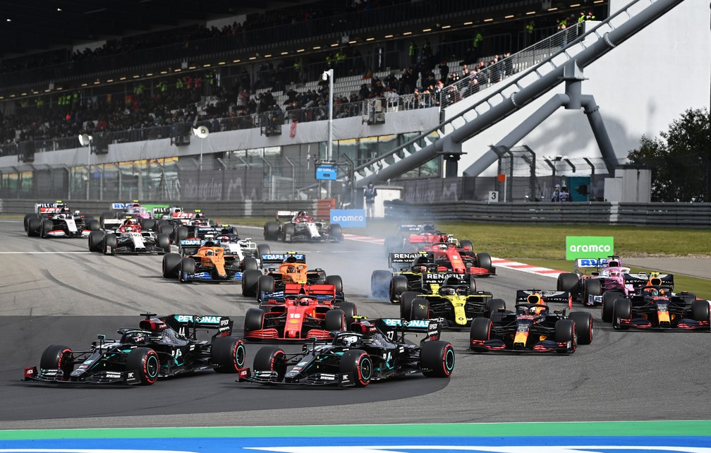 Largada do GP de Eifel, em Nürburgring — Foto: Getty Images