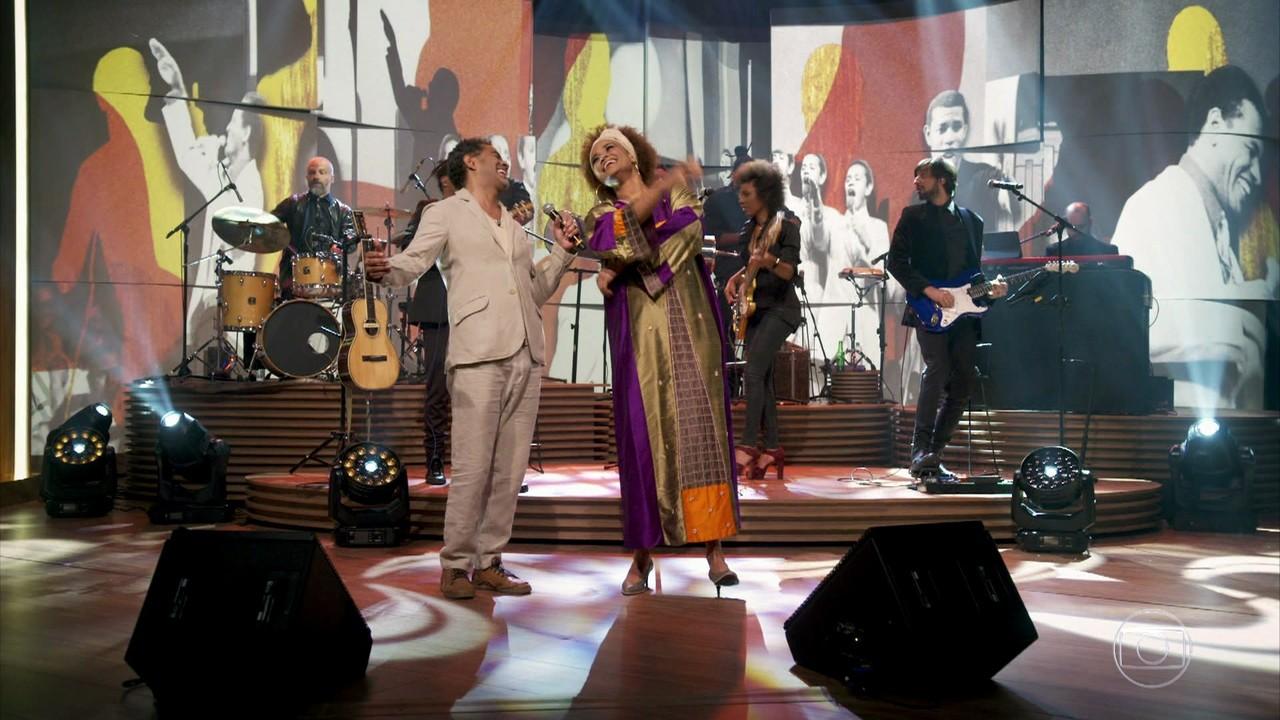 Luciana Mello e Jair Oliveira cantam 'Deixa Isso Pra Lá'