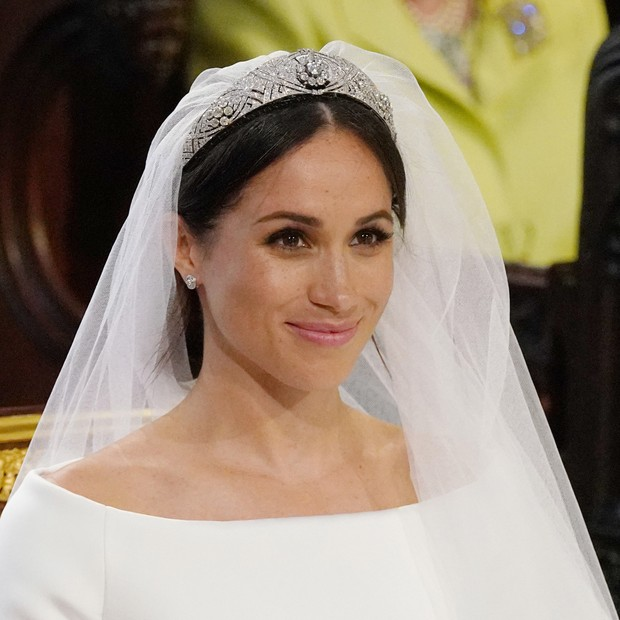 Meghan Markle usa Givenchy e tiara emprestada da rainha Mary (Foto: Getty Images)