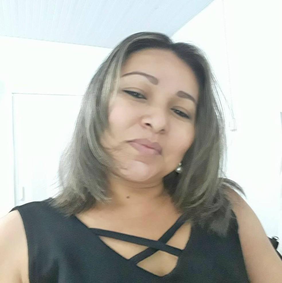 Professora Alessandra Gomes era gestora de uma das maiores escolas municipais de Itacoatiara (Foto: Arquivo Pessoal)