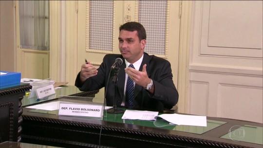 Justiça manda Receita enviar ao MP notas fiscais emitidas no nome de Flávio Bolsonaro
