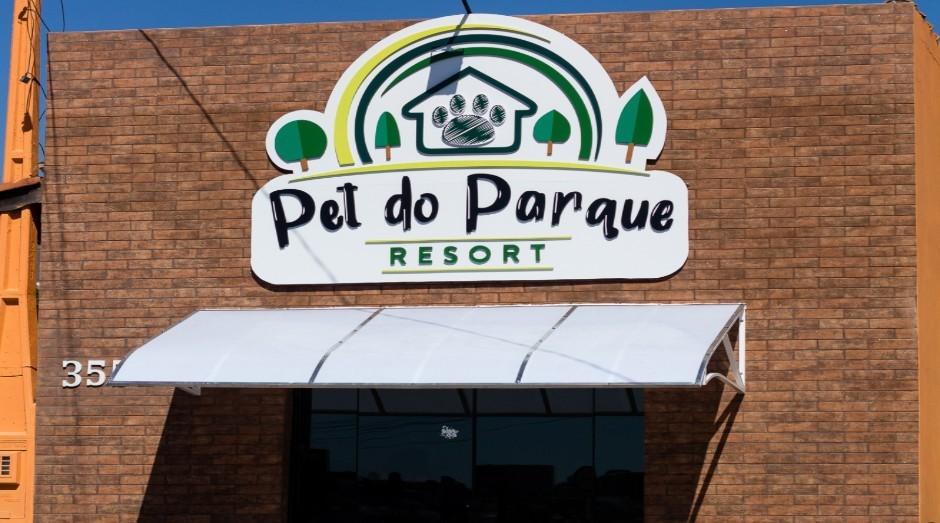 Fachada do Pet do Parque Resort no interior de São Paulo (Foto: Divulgação)