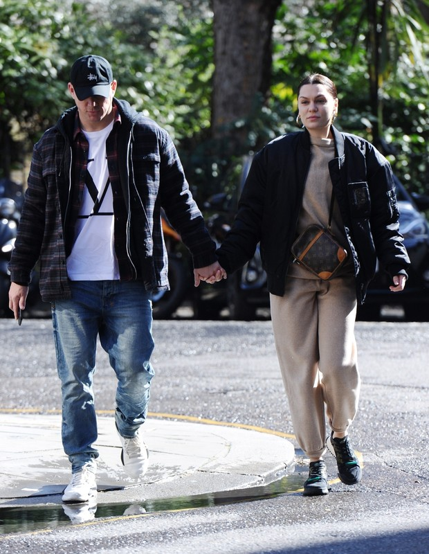 ** RIGHTS: ONLY UNITED STATES, BRAZIL, CANADA ** London, UNITED KINGDOM  - Jessie J and Channing Tatum seen out and about holding hands in London.Pictured: Jessie J, Channing TatumBACKGRID USA 14 MARCH 2019 BYLINE MUST READ: Zed Jameson / BACK (Foto: Zed Jameson / BACKGRID)