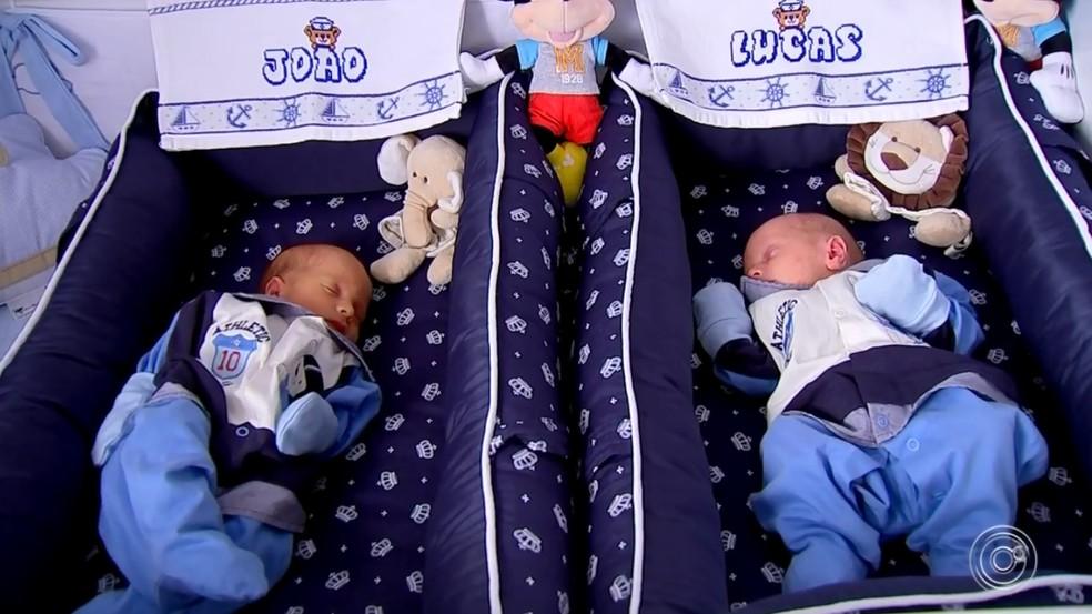 Gêmeos nascem em anos diferentes em Sorocaba — Foto: Reprodução/TV TEM