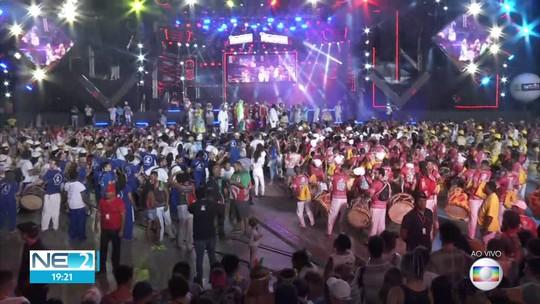 Espetáculo 'Tumaraca' reúne nações de maracatu e abre caminho para o carnaval no Recife