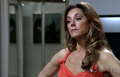 Na terça (15), Tereza Cristina (Christiane Torloni) tentará matar a filha grávida Reprodução