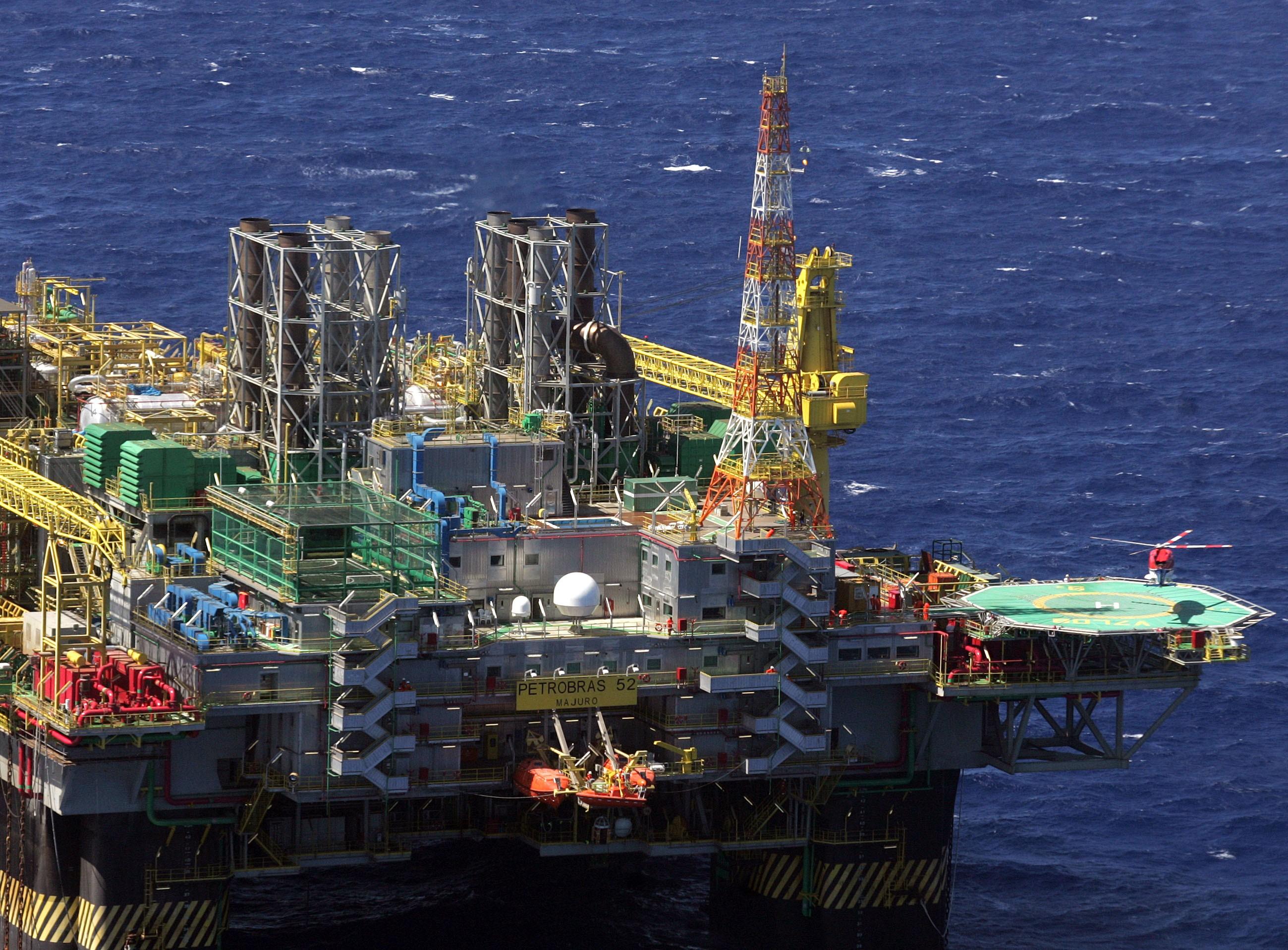 Petrobras acumula no fundo do mar material de 'depósito' submerso irregular ativo por 25 anos na Bacia de Campos