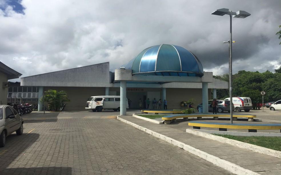 Hospital de Base, em Itabuna, recebeu algumas das vítimas — Foto: Francisco Lopes / TV Santa Cruz