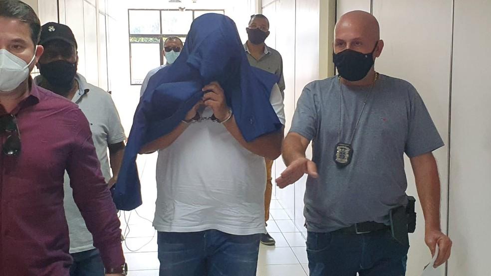 Preso suspeito de matar médico na BA foi o amigo que registrou desaparecimento na delegacia — Foto: Aldo Matos / Acorda Cidade