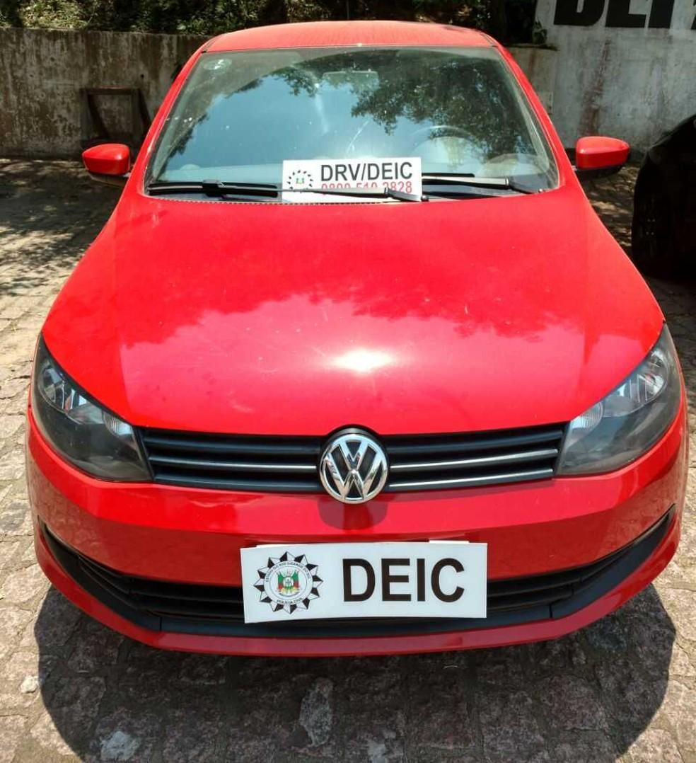 Carro clonado preso com suspeito de integrar a quadrilha na quinta-feira (6) (Foto: Divulgação/Polícia Civil)