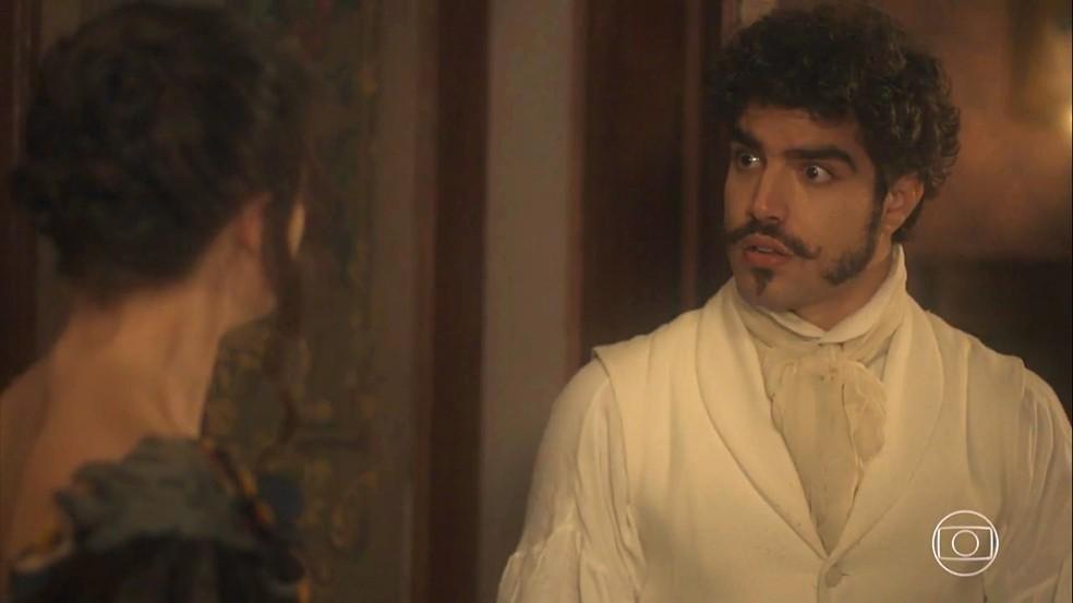 Dom Pedro (Caio Castro) contraria Domitila (Agatha Moreira) e exige que Benedita (Larissa Bracher) fique no Solar. Em 'Novo Mundo' — Foto: TV Globo