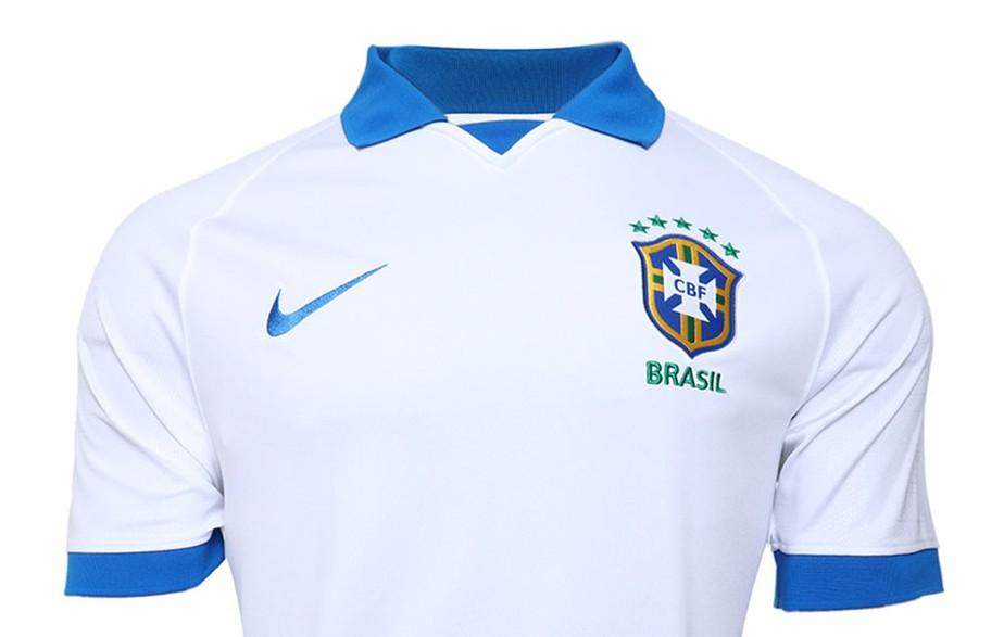 Resultado de imagem para camisa brasil branca