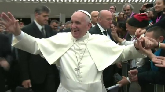 Polêmica provoca renúncia de assessor do Papa Francisco