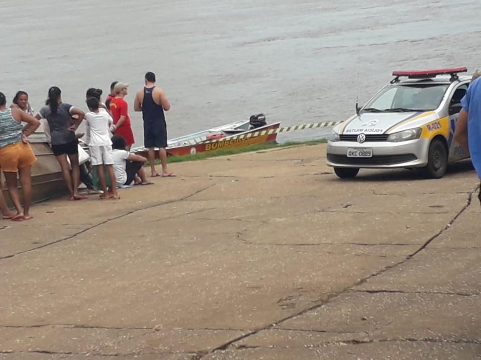 Corpo de garoto é encontrado pelo Corpo de Bombeiros — Foto: Divulgação