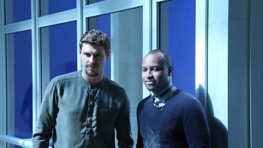 Thiaguinho e Bruninho revelam momentos em que a fama atrapalha; assista!