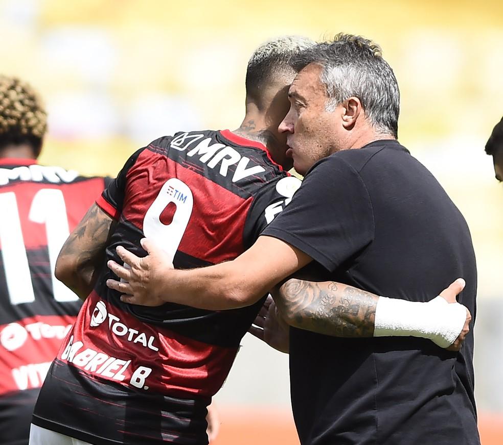 Gabigol, Dome, Domenec, Flamengo — Foto: André Durão