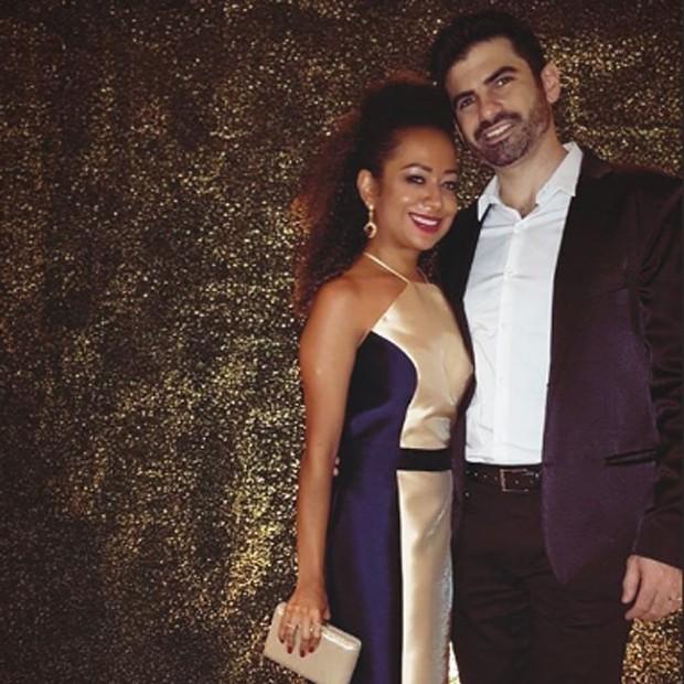 Aretha Oliveira e o marido, Sebastían (Foto: Reprodução/Instagram)