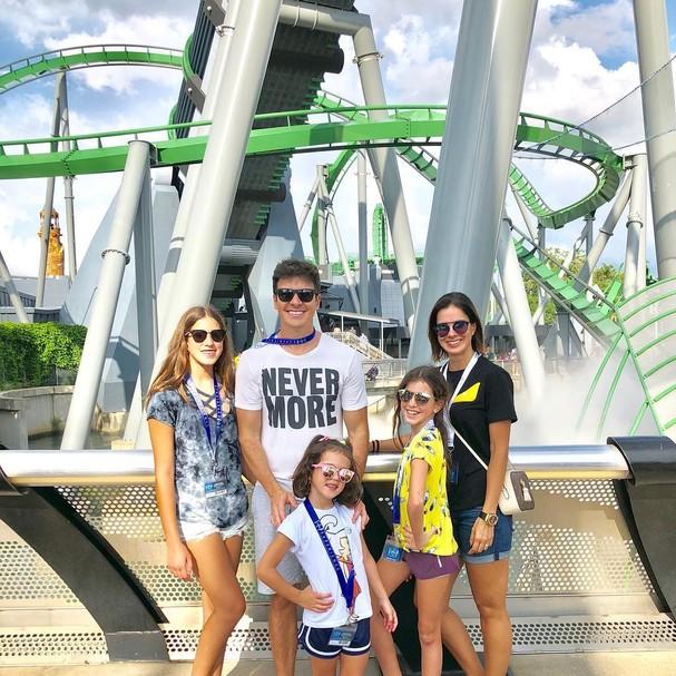 Rodrigo Faro e família de férias, em Miami (Foto: Reprodução / Instagram)